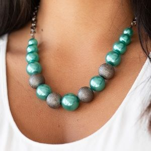 Color Me CEO Green necklace